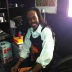 Verdine White laying down Bass on Sign On & My Promise at The HPPZ LA